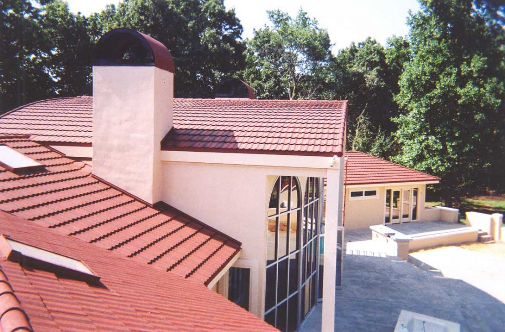 Stone-coated-steel-classic-metal-tile-spanish-red-lake-roofing-systems-cartersville-ga-georgia-atlanta-guest-home-jo3